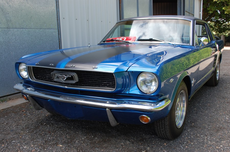 Ford Mustang Notchback, Le Riche France